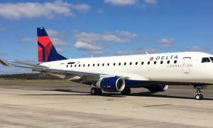 Delta Connection SkyWest Embraer 175