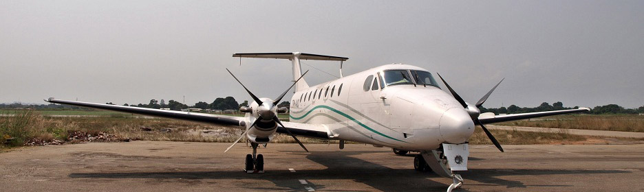 Regourd Aviation Beech 1900