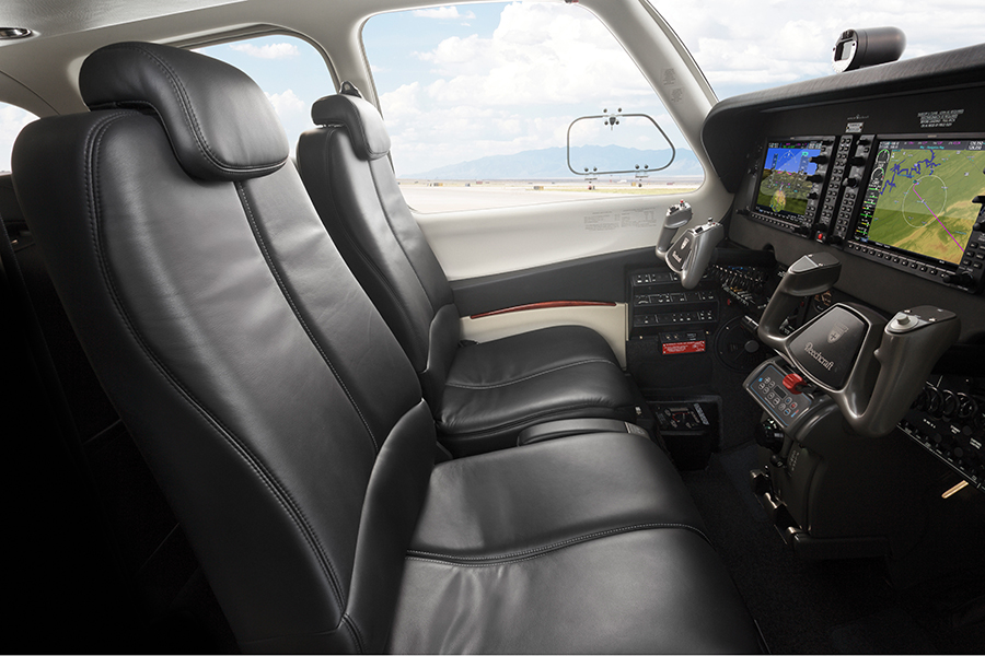 Bonanza Sideview Cockpit